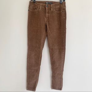 535 Levi's Super Skinny Corduroy Legging
